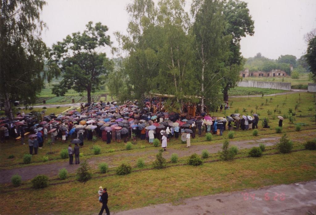 Литургия 2004 г.jpg